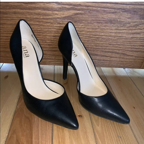 21d98527ffa Black Pumps Women s Heels Sz. 8.5 ANA Claire